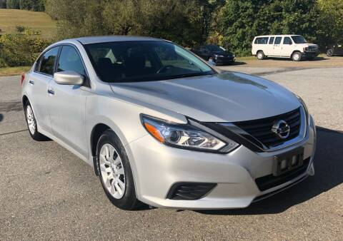2016 Nissan Altima for sale at Hoys Used Cars in Cressona PA