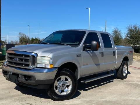 2004 Ford F-250 Super Duty for sale at AUTO DIRECT in Houston TX