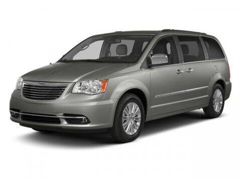 2013 Chrysler Town and Country for sale at DAVID McDAVID HONDA OF IRVING in Irving TX