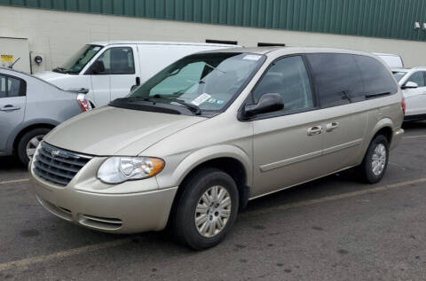 2005 Chrysler Town and Country for sale at Penn American Motors LLC in Allentown PA