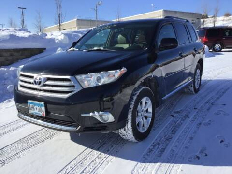 2011 Toyota Highlander for sale at Sparkle Auto Sales in Maplewood MN