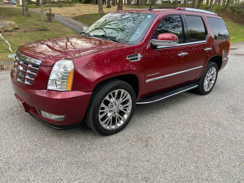 2011 Cadillac Escalade for sale at Clair Classics in Westford MA