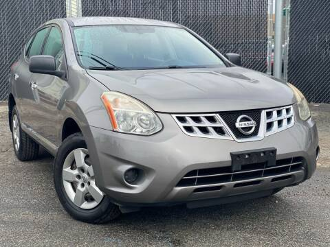2013 Nissan Rogue for sale at Illinois Auto Sales in Paterson NJ