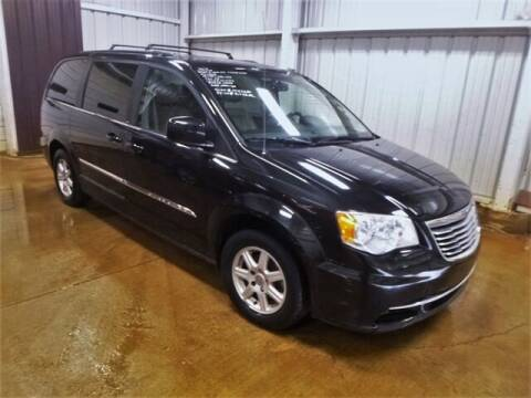 2013 Chrysler Town and Country for sale at East Coast Auto Source Inc. in Bedford VA