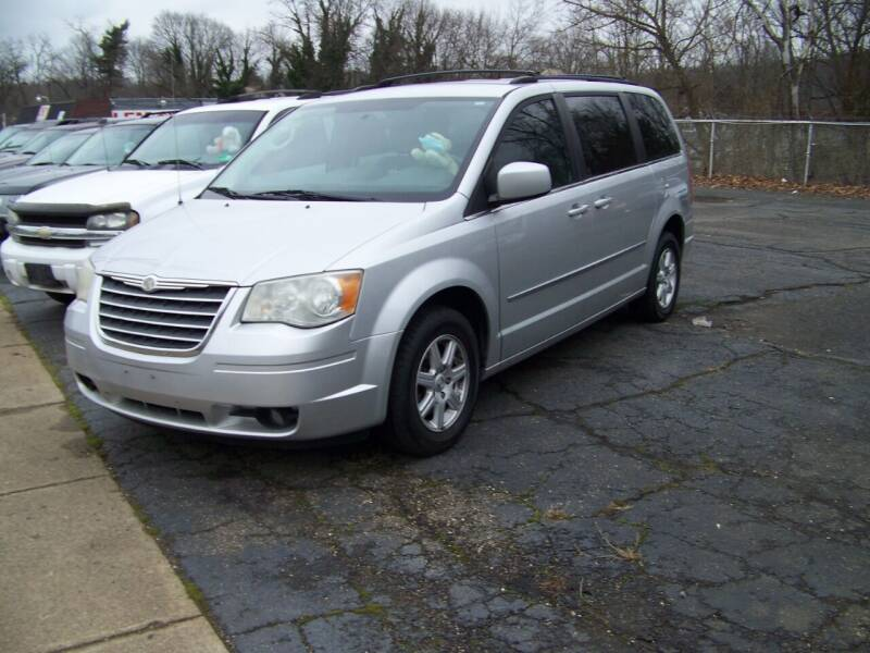 2010 Chrysler Town and Country for sale at Collector Car Co in Zanesville OH