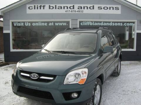 2009 Kia Sportage for sale at Cliff Bland & Sons Used Cars in El Dorado Spg MO
