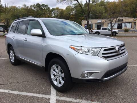 2013 Toyota Highlander for sale at Borderline Auto Sales in Loveland OH