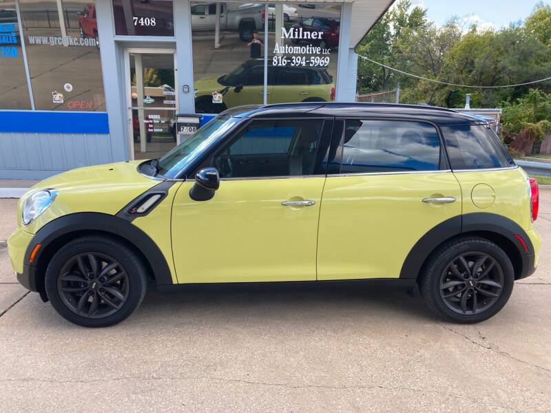 2011 MINI Cooper Countryman for sale at GRC OF KC in Gladstone MO