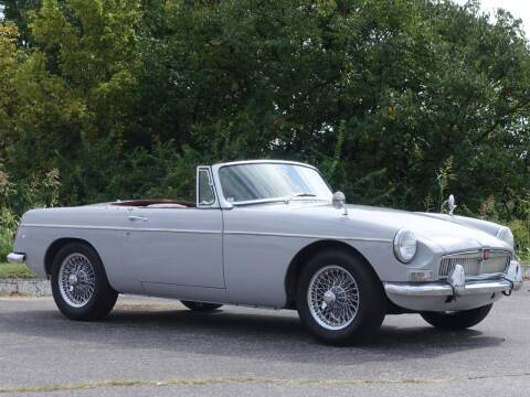 1966 MG MGB for sale at Its Alive Automotive in Saint Louis MO