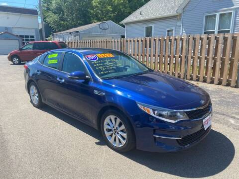2017 Kia Optima for sale at PEKIN DOWNTOWN AUTO SALES in Pekin IL