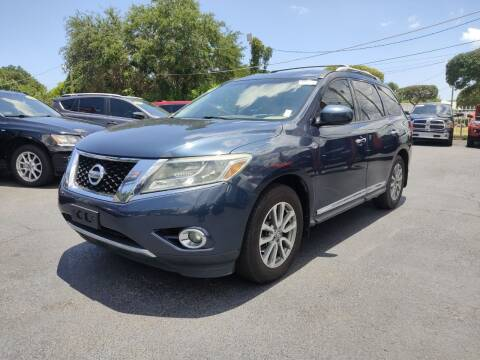 2014 Nissan Pathfinder for sale at Bargain Auto Sales in West Palm Beach FL