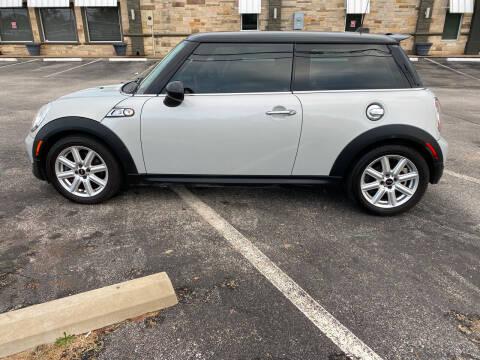 2011 MINI Cooper for sale at Preferred Auto Sales in Tyler TX