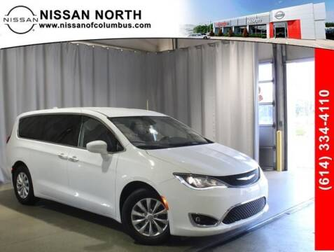 2019 Chrysler Pacifica for sale at Auto Center of Columbus in Columbus OH