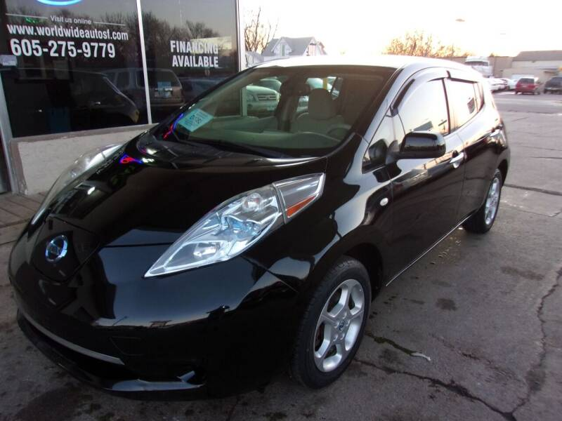 2012 Nissan LEAF for sale at World Wide Automotive in Sioux Falls SD