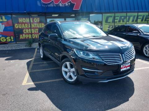 2017 Lincoln MKC for sale at CITY SELECT MOTORS in Galesburg IL