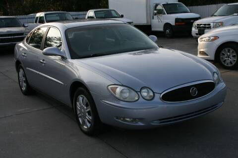 2006 Buick LaCrosse for sale at Mike's Trucks & Cars in Port Orange FL