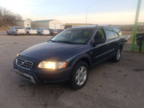 2006 Volvo XC70 for sale at Independent Auto in Belle Fourche SD