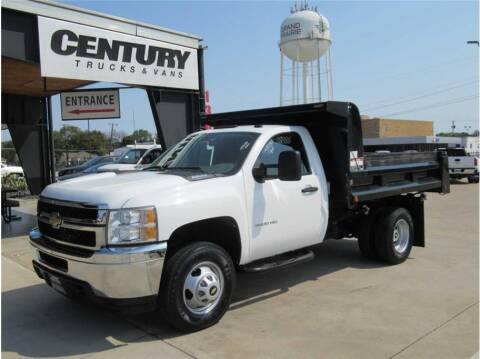 2011 Chevrolet 3500 Silverado DRW for sale at CENTURY TRUCKS & VANS in Grand Prairie TX