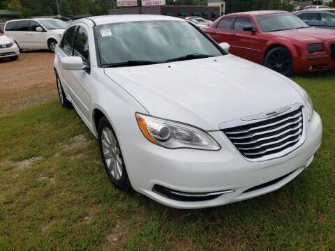 2013 Chrysler 200 for sale at Scarletts Cars in Camden TN