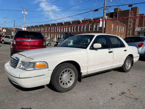 2000 Ford Crown Victoria for sale at Turner's Inc in Weston WV