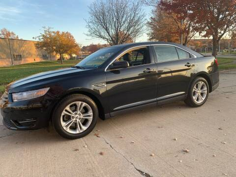2013 Ford Taurus for sale at World Automotive in Euclid OH