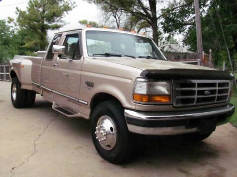 1997 Ford F-350 for sale at CANTWEIGHT CLASSICS in Maysville OK