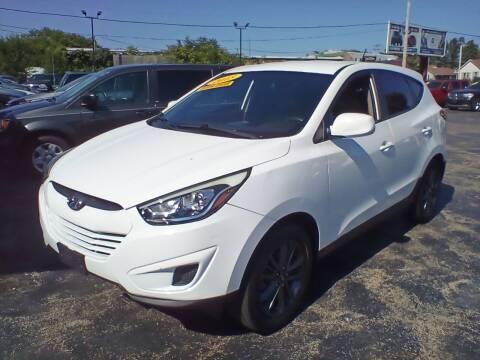 2015 Hyundai Tucson for sale at Smart Buy Auto in Bradley IL