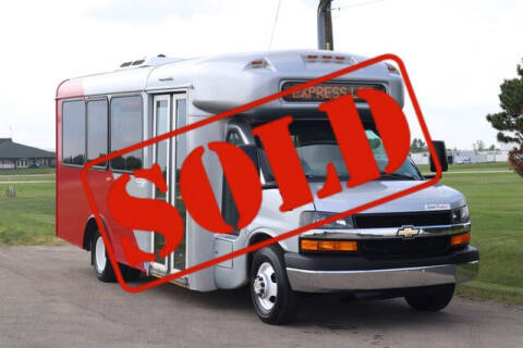 2014 Chevrolet Express Cutaway for sale at Signature Truck Center in Crystal Lake IL