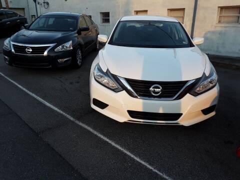2016 Nissan Altima for sale at Auto Villa in Danville VA