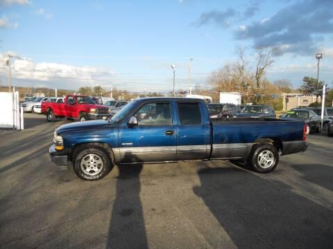 2000 Chevrolet Silverado 1500 for sale at All Cars and Trucks in Buena NJ