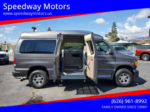 2005 Ford E-Series Wagon for sale at Speedway Motors in Glendora CA