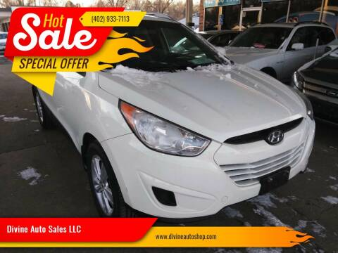 2011 Hyundai Tucson for sale at Divine Auto Sales LLC in Omaha NE