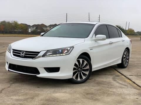 2015 Honda Accord Hybrid for sale at AUTO DIRECT Bellaire in Houston TX