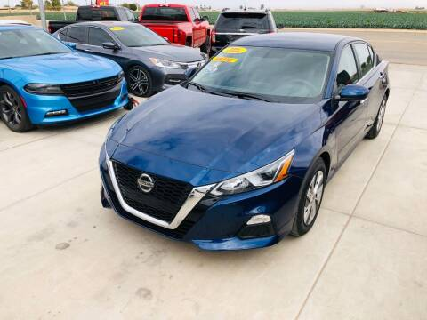 2020 Nissan Altima for sale at A AND A AUTO SALES in Gadsden AZ