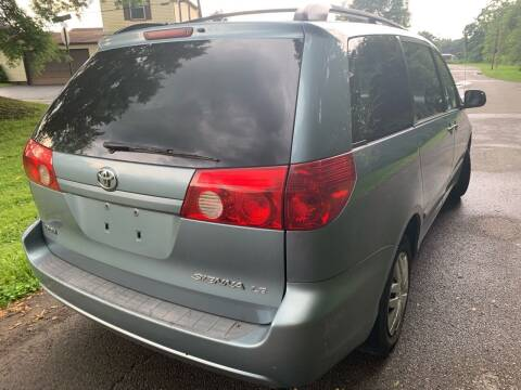 2006 Toyota Sienna for sale at Trocci's Auto Sales in West Pittsburg PA
