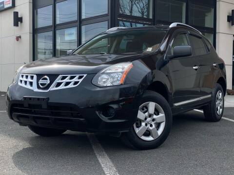 2015 Nissan Rogue Select for sale at MAGIC AUTO SALES in Little Ferry NJ