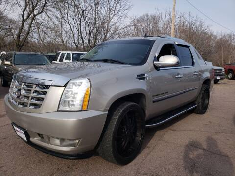 2007 Cadillac Escalade EXT for sale at Gordon Auto Sales LLC in Sioux City IA