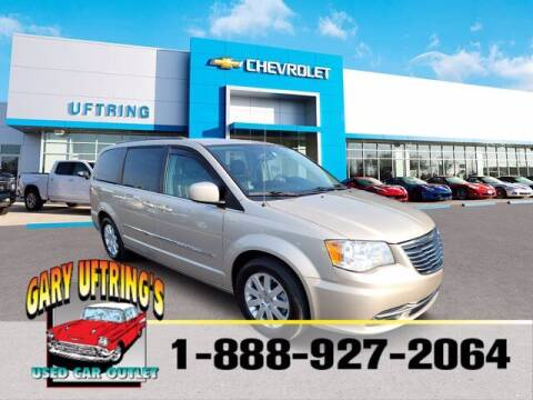 2015 Chrysler Town and Country for sale at Gary Uftring's Used Car Outlet in Washington IL