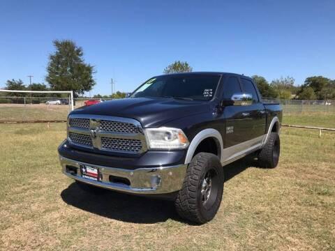 2017 RAM Ram Pickup 1500 for sale at LA PULGA DE AUTOS in Dallas TX