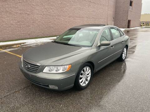 2006 Hyundai Azera for sale at JE Autoworks LLC in Willoughby OH