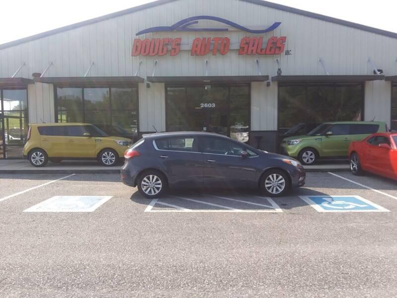 2014 Kia Forte5 for sale at DOUG'S AUTO SALES INC in Pleasant View TN
