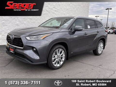 2021 Toyota Highlander Hybrid for sale at SEEGER TOYOTA OF ST ROBERT in St Robert MO