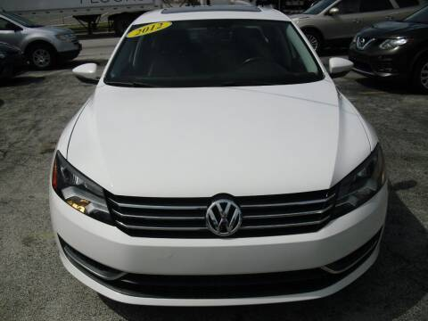 2012 Volkswagen Passat for sale at SUPERAUTO AUTO SALES INC in Hialeah FL