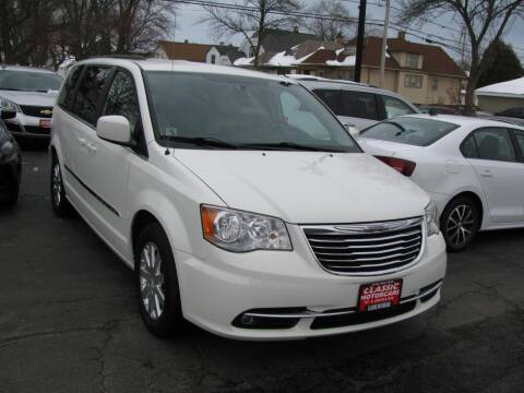 2013 Chrysler Town and Country for sale at CLASSIC MOTOR CARS in West Allis WI