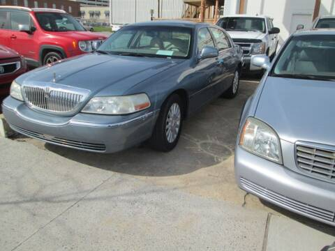 2004 Lincoln Town Car for sale at Downtown Motors in Macon GA