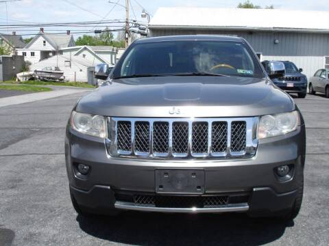2013 Jeep Grand Cherokee for sale at Pete's Bridge Street Motors in New Cumberland PA