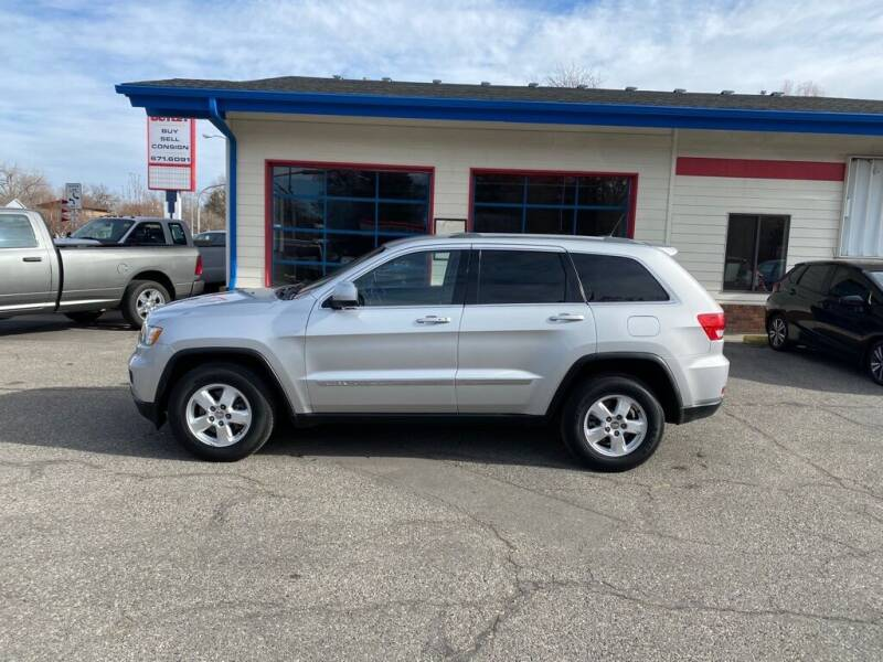 2011 Jeep Grand Cherokee for sale at Auto Outlet in Billings MT