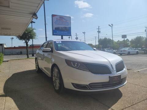 2013 Lincoln MKS for sale at Magic Auto Sales in Dallas TX
