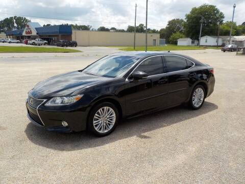 2013 Lexus ES 350 for sale at Young's Motor Company Inc. in Benson NC