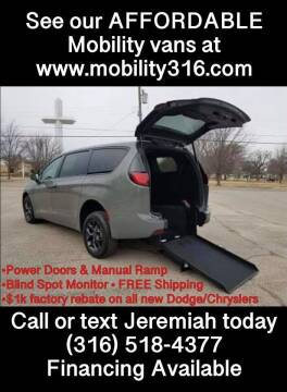 2020 Chrysler Pacifica for sale at Affordable Mobility Solutions, LLC - Mobility/Wheelchair Accessible Inventory-Wichita in Wichita KS